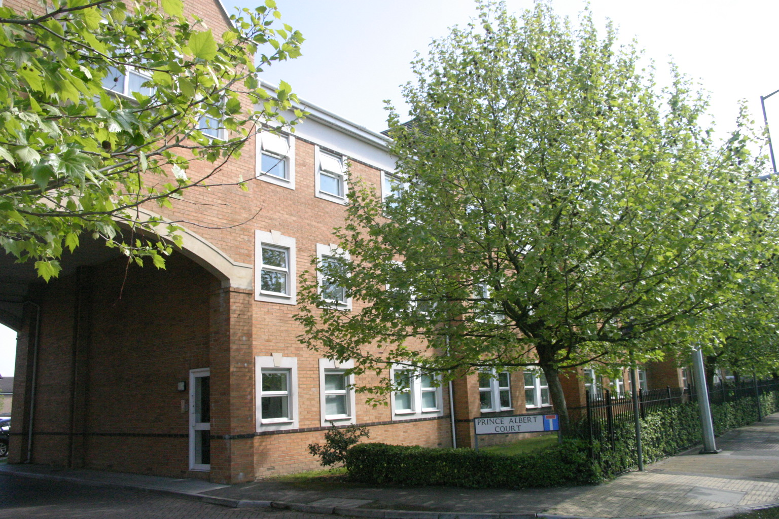 2 Bedroom First Floor Apartment, Sunbury