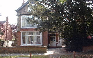 1 Bedroom Second Floor Apartment, Staines