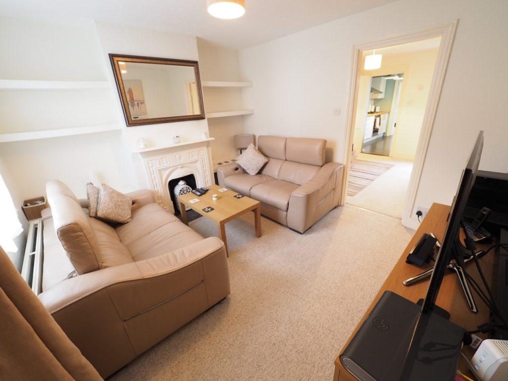 2 Bedroom End-of-Terrace House, Egham