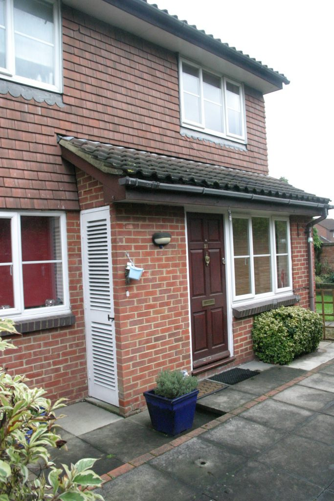 1 Bedroom Terraced House, Egham
