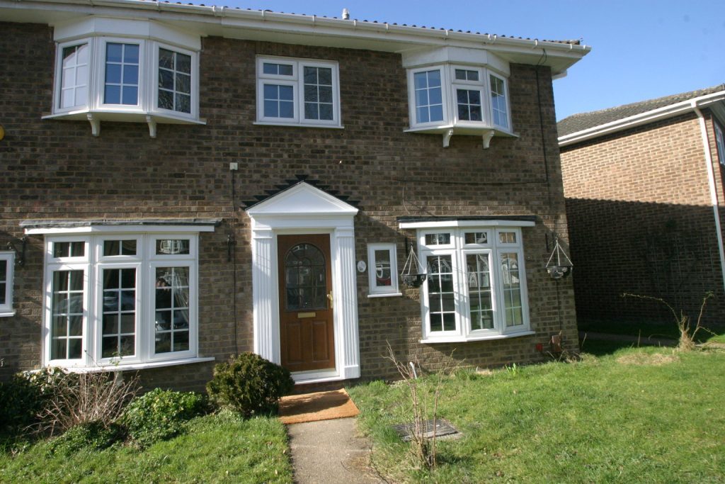 3 Bedroom End-of-Terrace, Egham