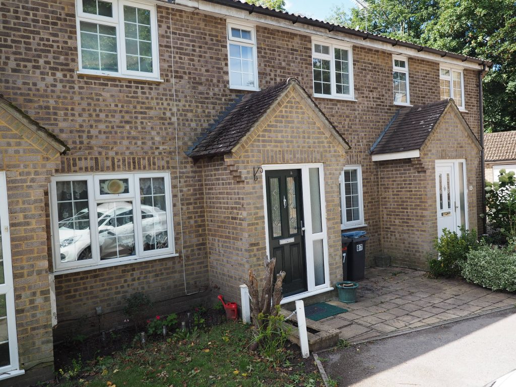 3 Bedroom Mid-Terraced House, Egham